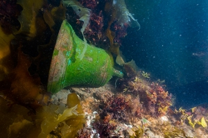 The detached ship's bell of HMS Erebus as found on the deck.  © Parks Canada / Thierry Boyer