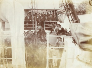 The assembled crew in 1900 including the greek singer divers. Credit WHOI