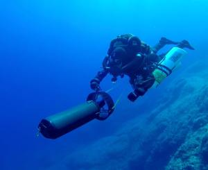 Technical Diver Gemma Smith over the Antikythera site. Photo: WHOI
